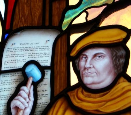 """desafíos, preguntas, énfasis doctrinales (""""Sola fe, Sola Gracia, Sola Escritura»)"""